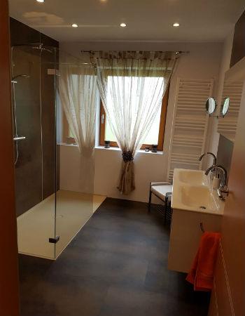 Bild zeigt barrierefreies Badezimmer